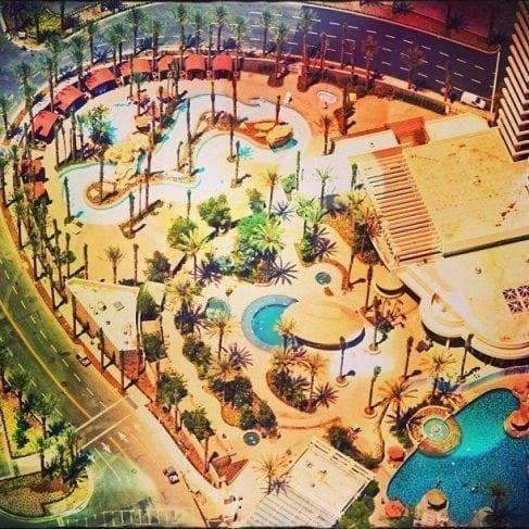 Harrahs casino san diego pool party