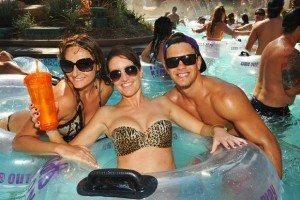 Harrahs Dive Cabana Day Bed Bottle Service Discounts